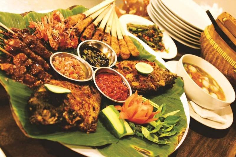 seminyak, bali, indonesia | warung mina