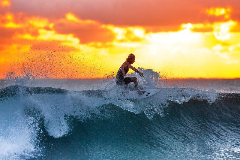 Balangan, Bali | Surfer Wave
