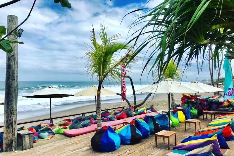 Batu Belig Seminyak Bali | 707 Beach Berm Bar Beach Club
