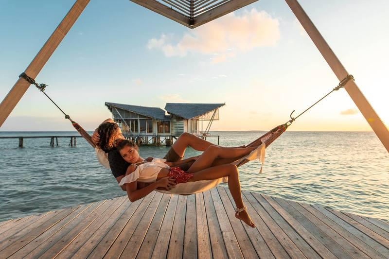 Seminyak Bali | Lost In Paradise Fashion Store Couple Beach Hammock