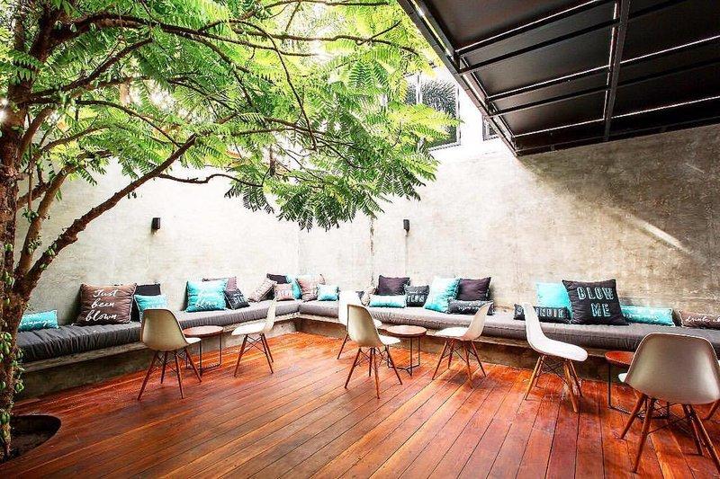 Seminyak Blow Bar Bali Courtyard