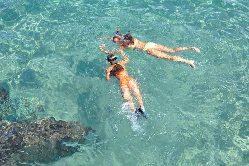 Nusa Lembongan, Bali, Indonesia | Snorkelling girls