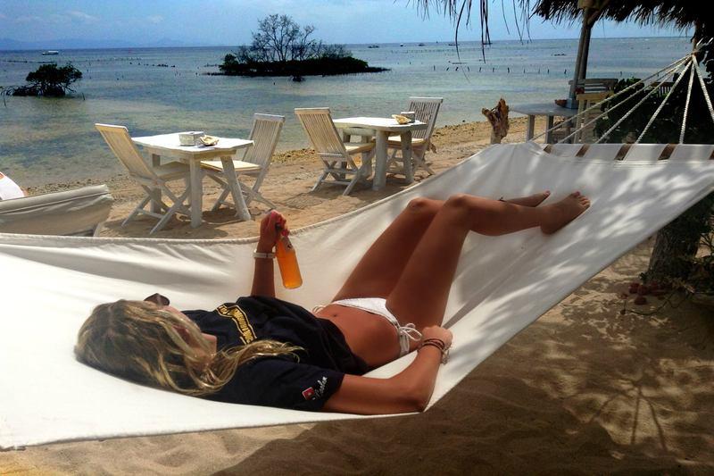 Nusa Lembogan, Bali, Indonesia | ulian spa relax hammock girl