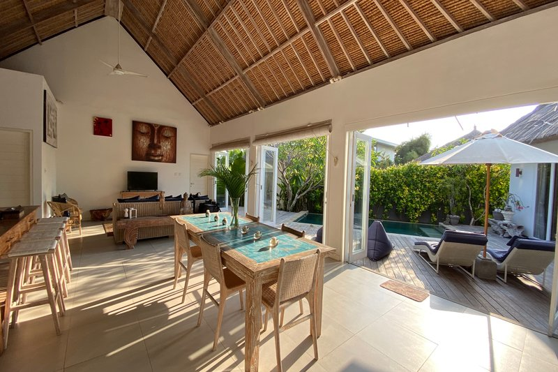 Villa Escape Living Room Nusa Lembongan Bali