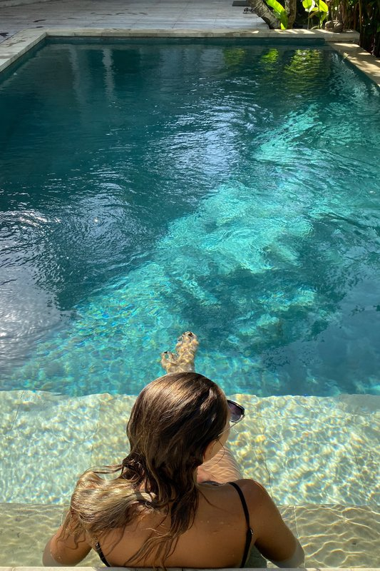 Villa Escape Swimming Pool Girl Nusa Lembongan Bali