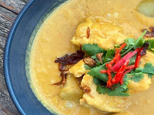 Chicken Curry Restaurant Nusa Lembongan Bali