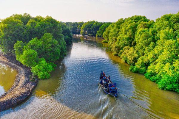 Mangroves Boat Nusa Lembongan Bali