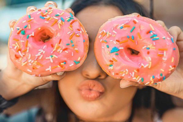 Donuts Girl Header